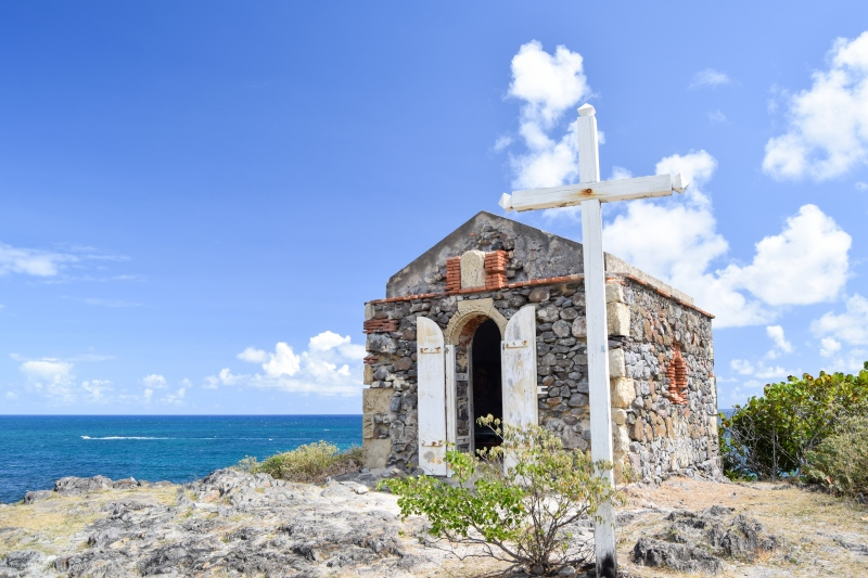 serial-travelers-martinique-trace-des-capsII-pointe-marie-catherine-chapelle-vierge-des-marins3