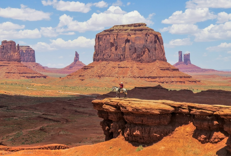 serial-travelers-ouest-americain-monument-valley-john-fords-point1