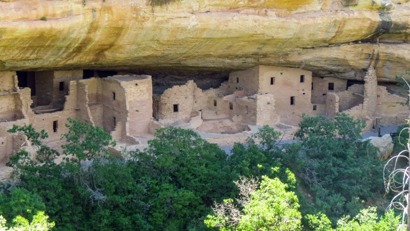 serial-travelers-ouest-americain-mesa-verde-overview-morning1