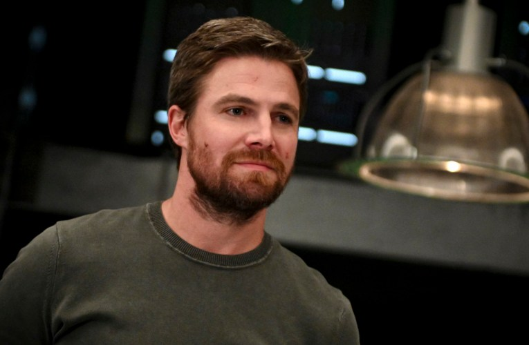 Arrow 8×04 Review: Present Tense