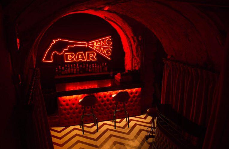El bar inspirado en 'Twin Peaks' necesita ayuda