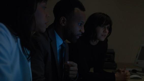 Nosso trio de heróis: Rochelle (Nikki M. James), Gustav (Johnny Ray Gill) e Laurel (Mary Elizabeth Winstead)