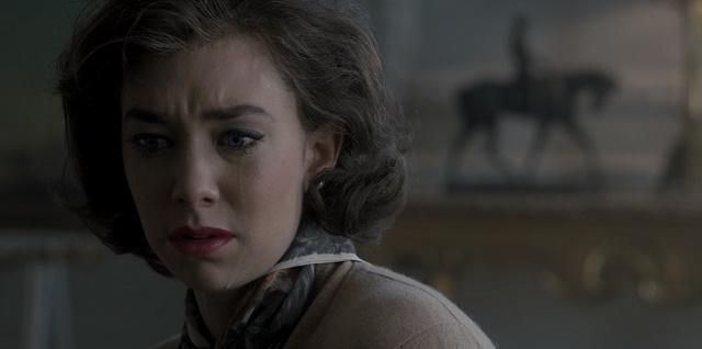A coroa da irmã machuca o coração de Margareth.  The Crown --- Gloriana.
