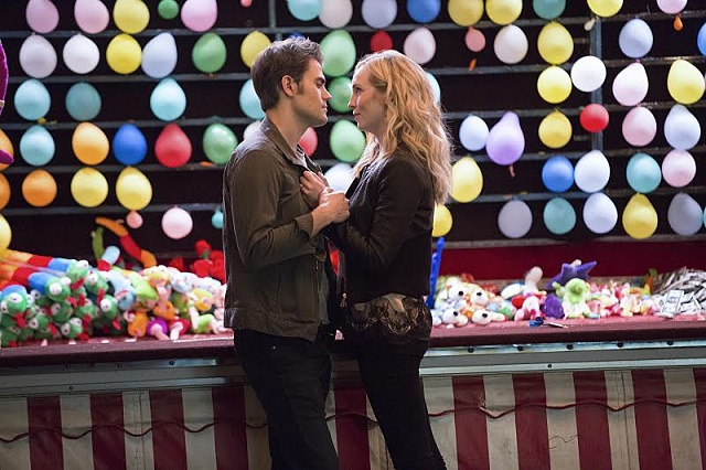 """The Vampire Diaries -- """"Coming Home Was a Mistake"""" --Image Number: VD805b_0275.jpg -- Pictured (L-R): Paul Wesley as Stefan and Candice King as Caroline -- Photo: Bob Mahoney/The CW -- © 2016 The CW Network, LLC. All rights reserved"""