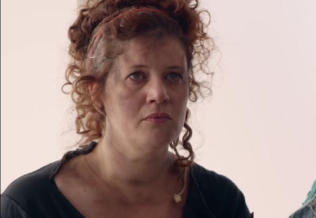 Luciana Schwinden em 3% - Vidro