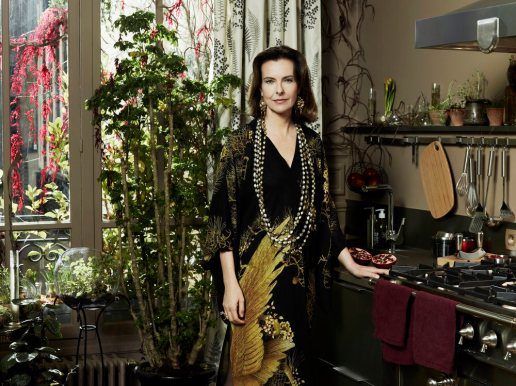Carole Bouquet es Margaux Castevet.