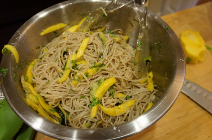 Soba Noodles with Summer Squash and Mango // Serious Crust
