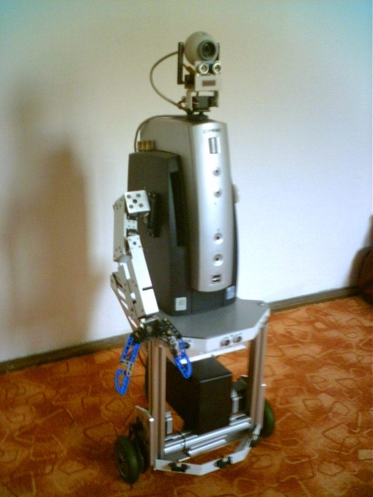 Eric, the butler robot (5/5)