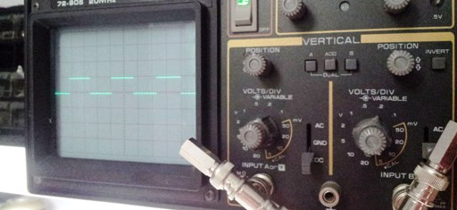 Arduino generated square wave on 25 year old 20MHz Tenma oscilloscope