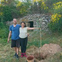Maeva + Nico = 2 oliviers plantés!