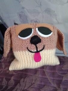 Perrito de lana cojín