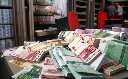 bani-euro-teancuri