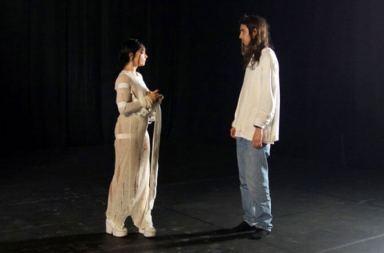 Björk ve Jesse Kanda Belgeselinin İlk Bölümü Yayında