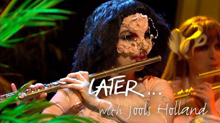 [:tr]Björk 8 Yıl Sonra Yeniden Televizyonlarda[:]