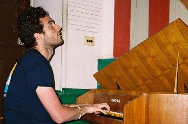 Nicolas Jaar'in Pomegranates Albümü Plak Oluyor