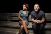 Mengapa Wanita Cenderung Menolak Pria yang Lebih Muda?