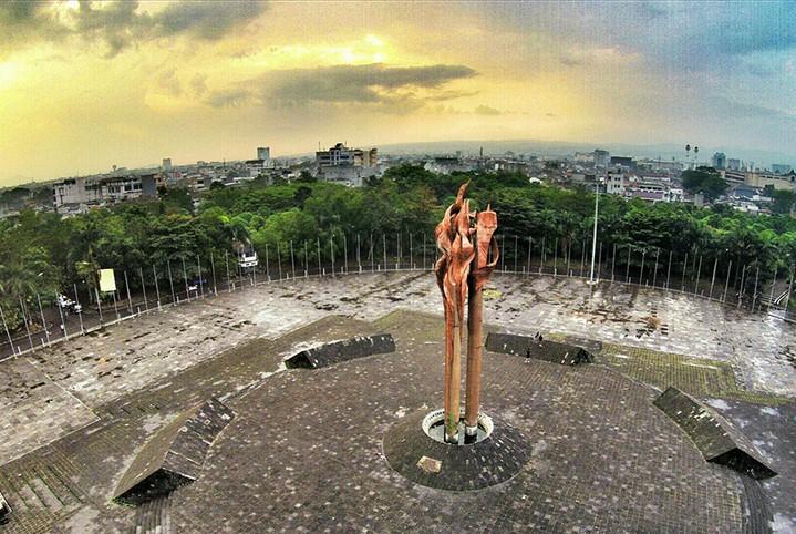 Fakta Bandung yang heroik adalah Bandung Lautan Api