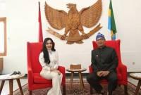 Nasihat Ridwan Kamil Buat Syahrini: Jadilah Artis yang Bermanfaat