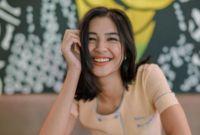 "Ulang Tahun ke-23, Mikha Tambayong ""Ini kali pertama aku merayakan menit-menit pertama setelah bertambah dewasa di rumah sakit, menangis sambil terus berdoa,"""