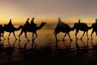 Benarkah Suami Tidak Boleh Mendatangi Istrinya di Malam Hari Setelah Safar?