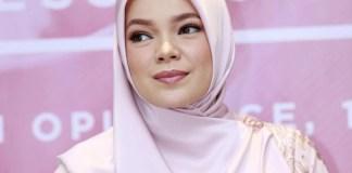 "Ini Jawaban Bijak Dewi Sandra Ketika Ditanya ""Ikut Islam Aliran Mana?"""