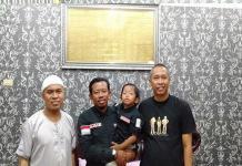 Setelah Tempuh 8 Bulan Perjalanan dengan Motor, Pria Asal Jambi Tiba di Mekkah