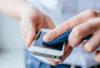 Peneliti Ungkap Cara Efektif Membersihkan Smartphone Agar Terhindar Virus Corona