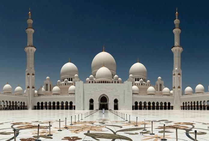 6 Masjid Terindah yang Berada di Timur Tengah