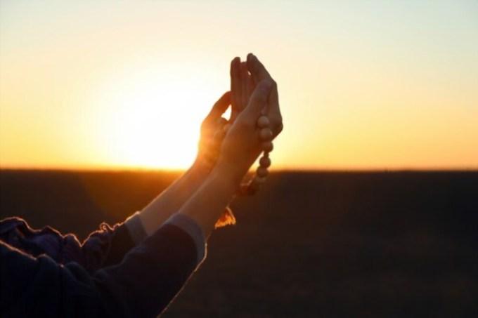 Kumpulan Doa untuk Orang yang Sudah Meninggal Dunia