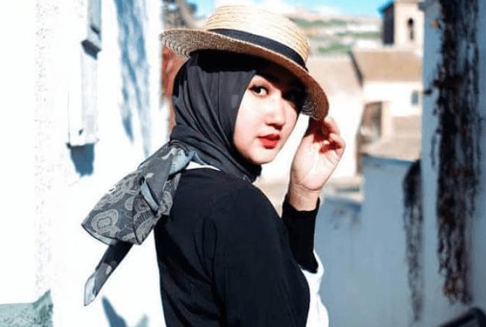 7 Jenis Topi yang Cocok Dipadukan dengan Hijab, Bikin Tampilan Semakin Kekinian