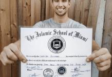 Akui Islam Sebagai Agama Perdamaian, Christian Betzman Jadi Mualaf