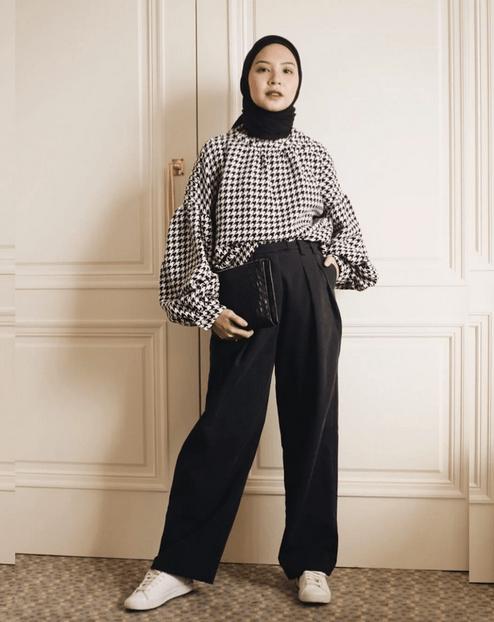 20 Tips Fashion Smart Causal Wanita yang Memesona