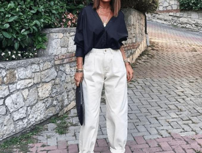 Tips Padu Padan Baggy Jeans untuk Wanita Bertubuh Mungil