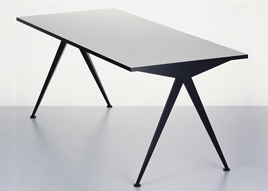compas-table-prouve