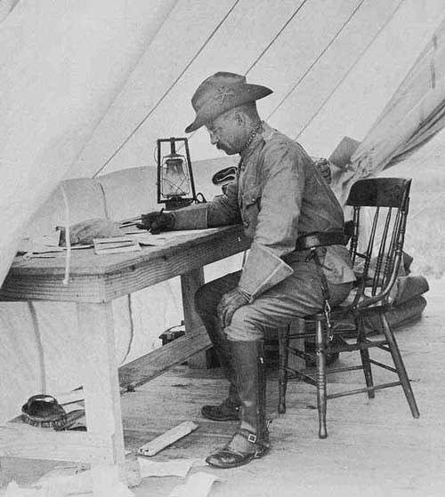Theodore Roosevelt writing uniform Spanish American War www.servetolead.org