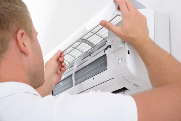 Tips Mudah Cara Merawat AC Sendiri Agar Tetap Awet