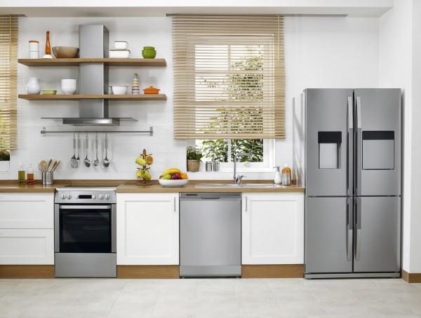 gambar kulkas di dapur