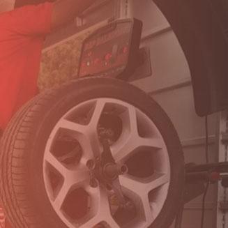 تبديل إطارات سيارات أمام منزلك تويوتا
