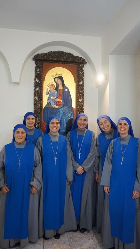 """20° aniversario de fundación de la Comunidad Contemplativa """"Maria Santissima delle Grazie"""", Velletri"""