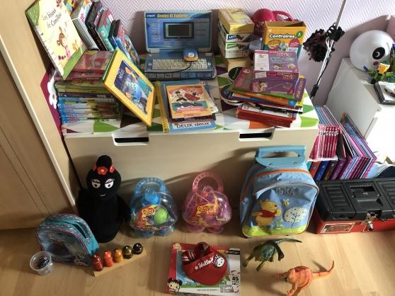 lot de jouets tapis ikea pour enfant