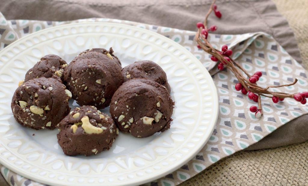 Perfect Vegan Chocolate Cookie Recipe (with Cashews)