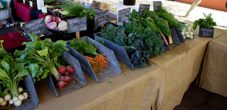A Word on Farmer's Markets (plus a Berry Kale Smoothie)