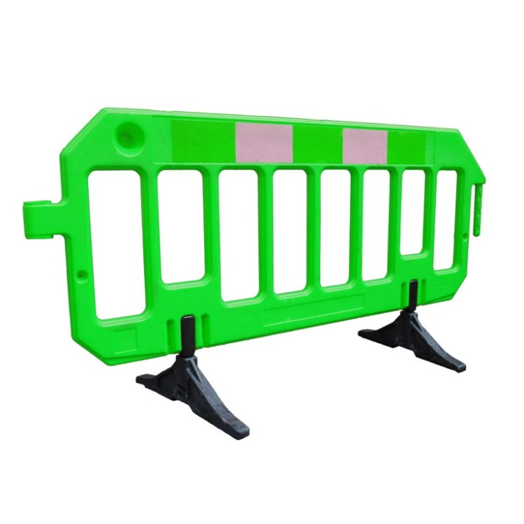 Chapter 8 One-piece Barrier System - SERV Plant Hire