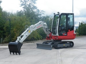 Differences in performance between the TB230 and TB23R - SERV Plant Hire