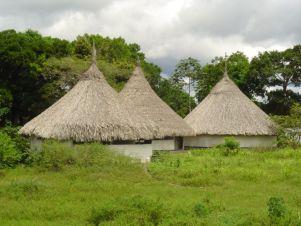Maisons des Yékwanas, le peuple des pirogues