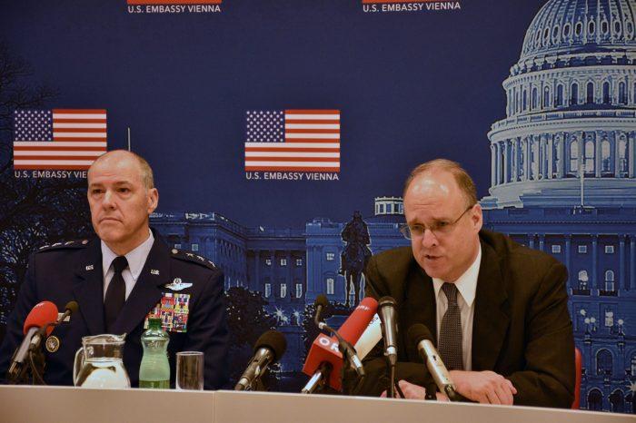 ABD ve Rusya Çin'in START Anlaşmasına Dahil Edilmesinde Israrcı