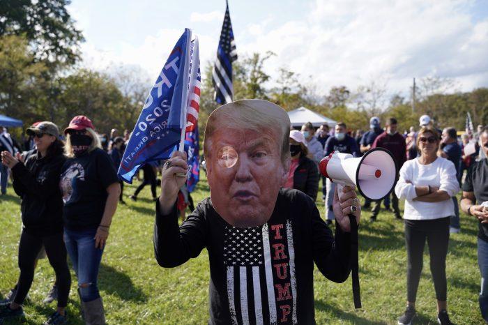 Cumhuriyetçi Parti'de Trump-Cheney Kavgası
