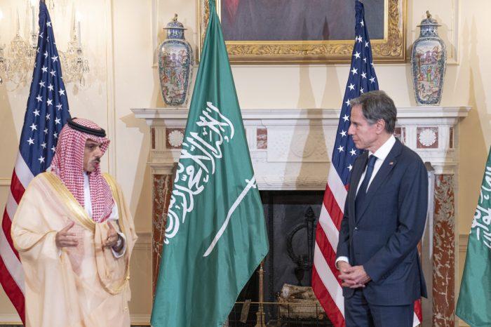 ABD, İsrail ve BAE Dışişleri Bakanları Washington'da Buluştu