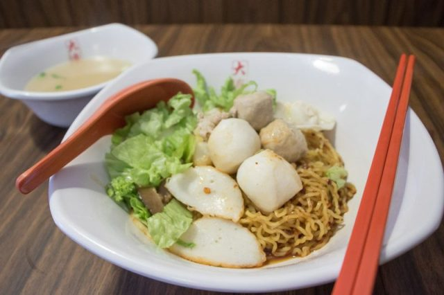 Da Lian Traditional Noodle 1 800x533 10 Places In Jalan Besar Where You Can Dine At Wallet Friendly Prices