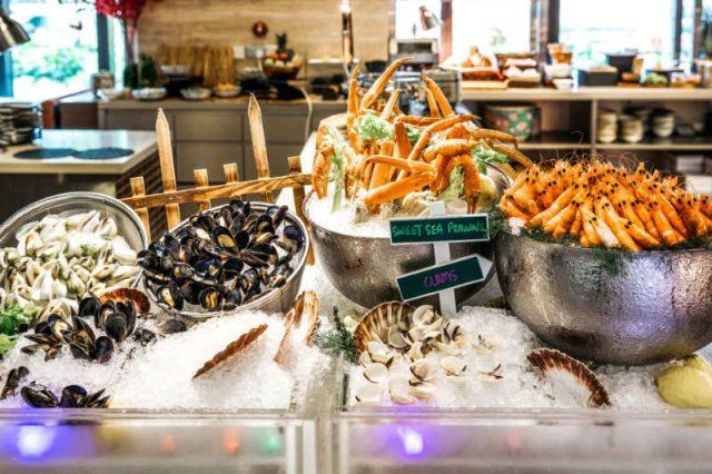 Hsbc Buffet Deals Escape Restaurant + Lounge 2